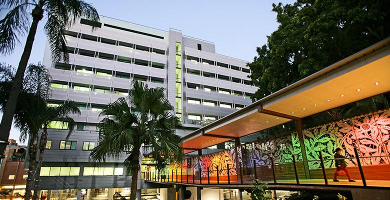 hospitals mater health